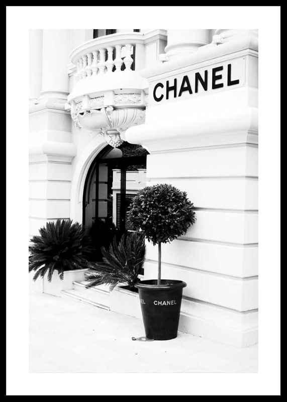 Chanel Store No1-0
