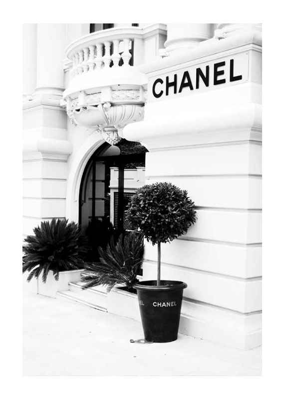 Chanel Store No1-1