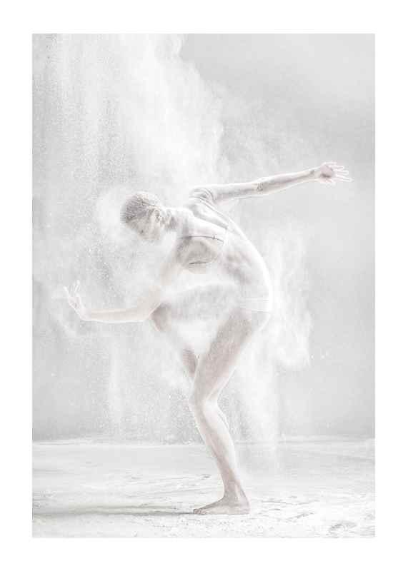 Dance Pose No2-1