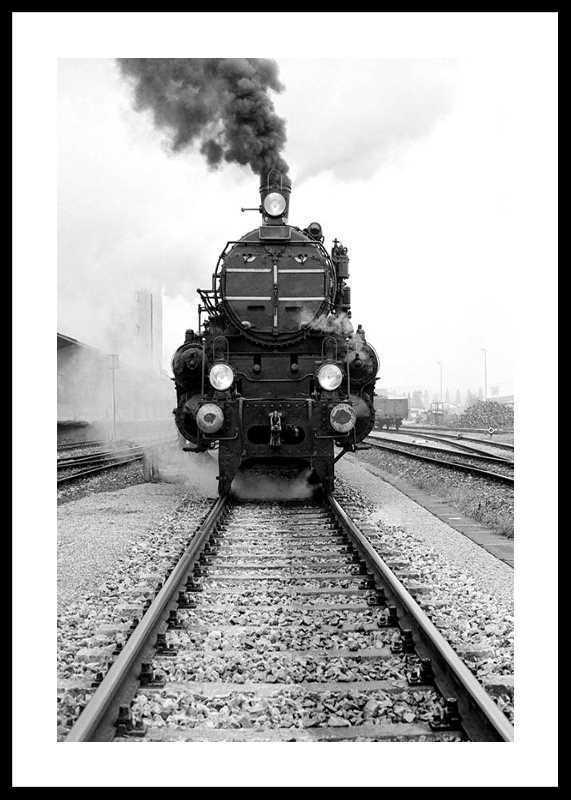 Locomotive-0